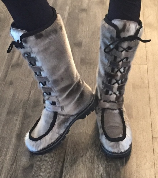 Chance To Win Natural Boutique S New Seal Boot Canadian